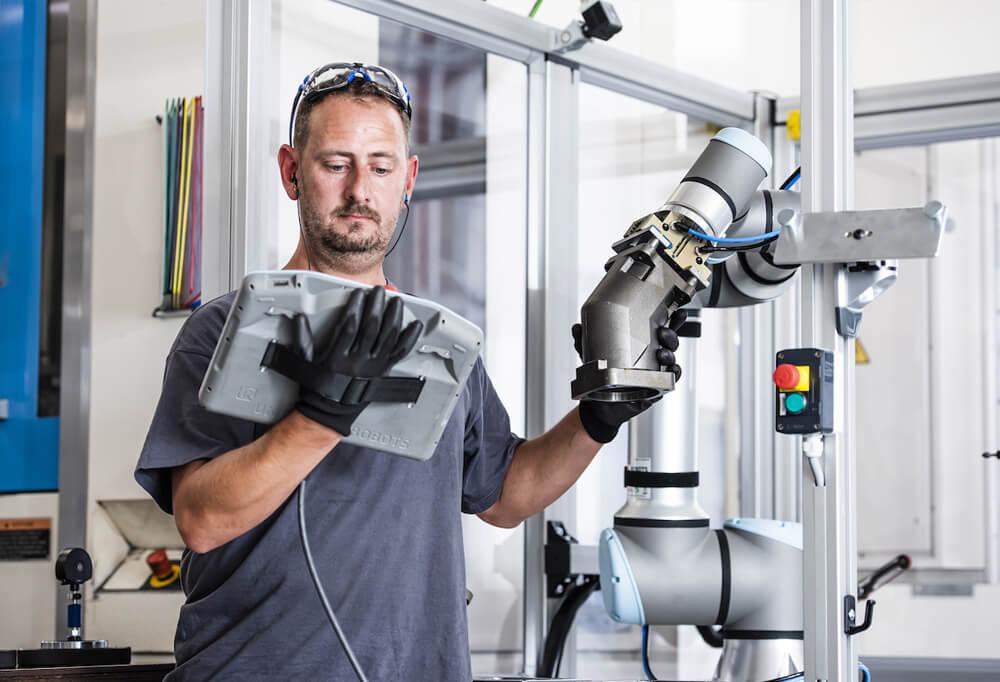 Hogyan képezd a munkavállalókat a robotokkal való együttműködésre?